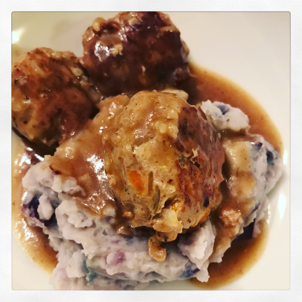 turkey-meatballs-with-purple-smashed-potatoes